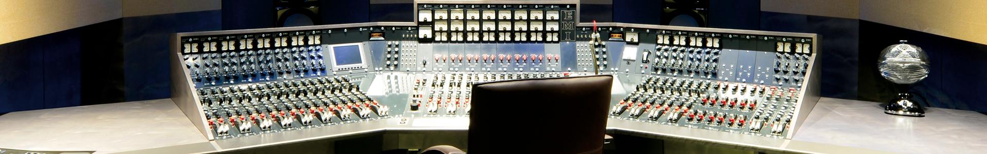 Studio-C-2